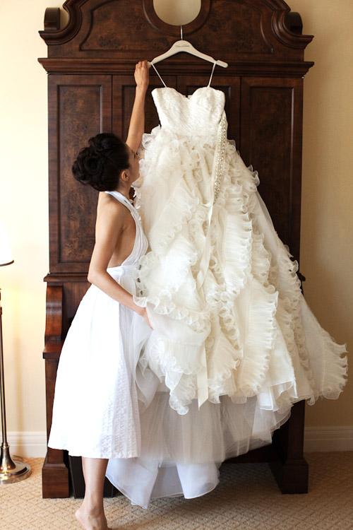 Wedding Dress Hangers Photo By Roberto Valenzuela